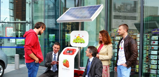 Smart Public Spaces: Strawberry Tree