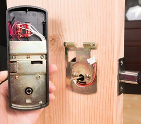 MAKE: Bean Lock
